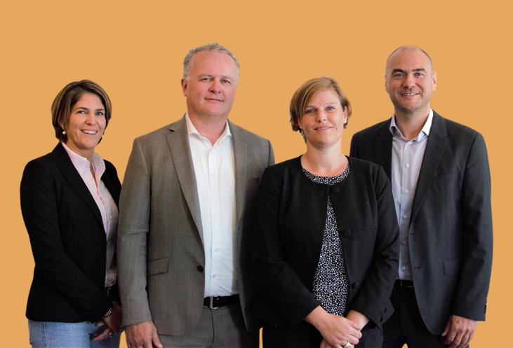 Team Morgen Uitvaart vlnr Anita Brokking, Roelof Marskamp, Patricia Rijkens en Patrick van den Oetelaar
